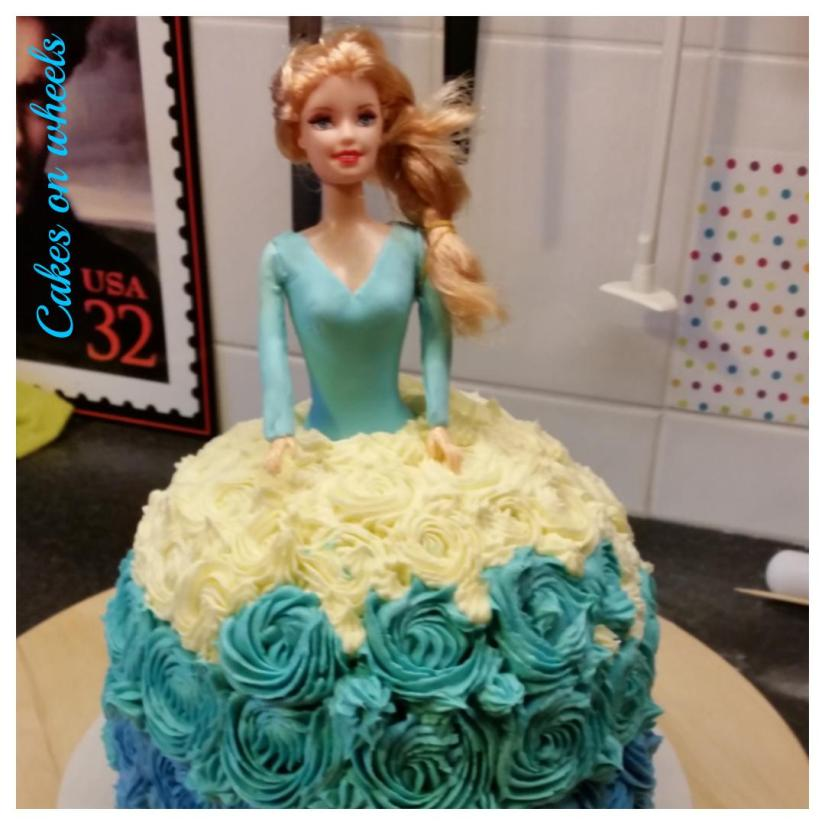Doll cake voor Melody