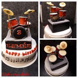 Taart met een drumstel