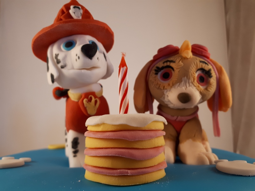 Hondjes met taart