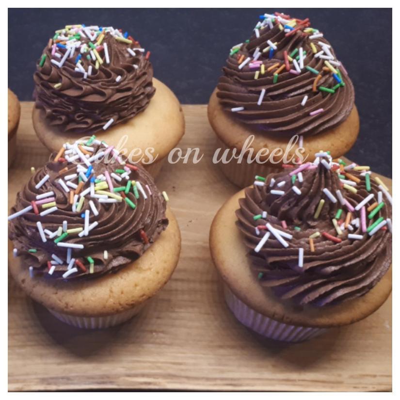 Vanille choco funfetti cupcakes