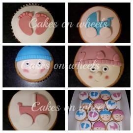 cupcakes om een zwangerschap aan te kondigen.
