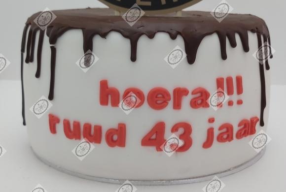 Feyenoord dripcake